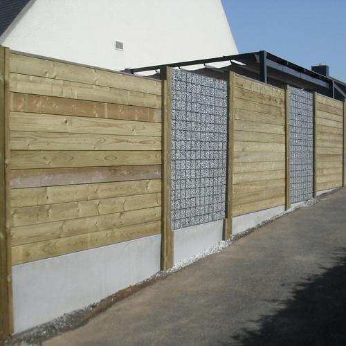 Réalisation d''une clôture en bois à Ploufragan (22)